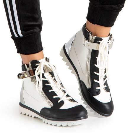 Белые спортивные ботинки с черными вставками Krillas