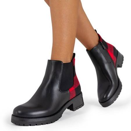 Черные сапоги с рисунком в кетринскую клетку - Обувь