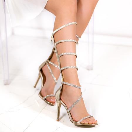 Złote sandały na szpilce Michaela- Obuwie