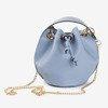 Niebieska torebka na ramię ze srebrnymi dżetami - Torebki