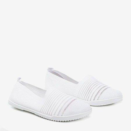 Білі кросівки Yeqa - Взуття 1