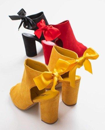 Жовті босоніжки на високих підборах з верхньою каблукою - Взуття