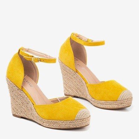 Жовті еспадрільї на танкетці Bonita - Взуття