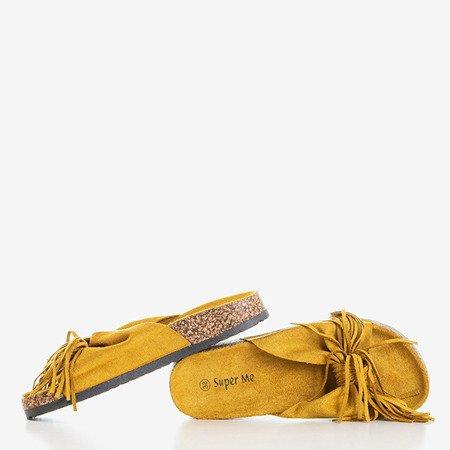 Жіночі гірчичні тапочки з бахромою Mua - Взуття