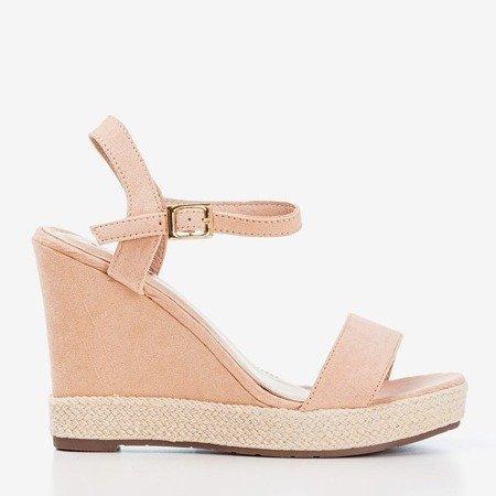 Жіночі рожеві босоніжки на клині Zaseli - Взуття 1