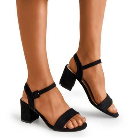 Жіночі чорні босоніжки на низькому пості Niusty - Взуття