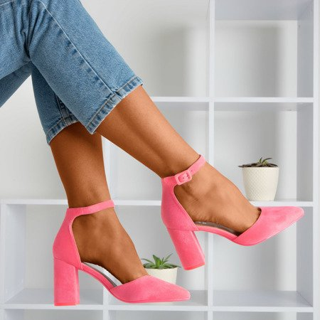 Неонові рожеві жіночі босоніжки на верхній пості Raviola - Взуття 1