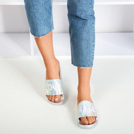 Срібні жіночі тапочки з написом HATE & LOVE - Взуття 1
