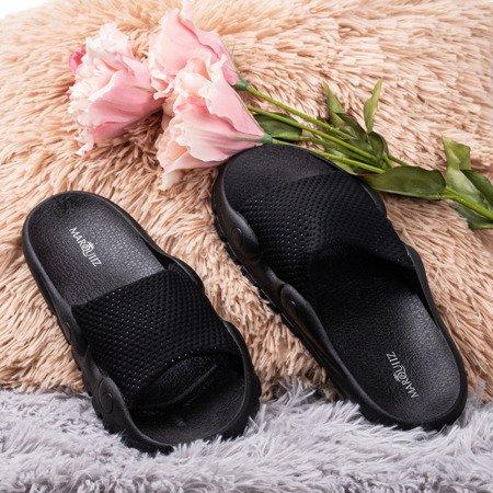 Чорні тапочки з сіткою Sensie - Взуття 1