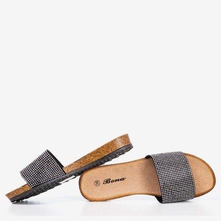 Чорні шльопанці з цирконами Artesa - Взуття 1